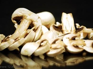 Toast aux champignons et prémices d'avril (ou Val Ambré)